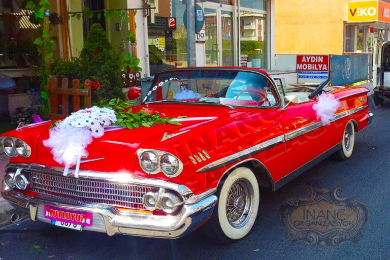 klasik araç kırmızı model